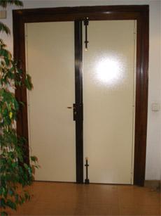 blindage pivotant blindages avec raimbaldi clefs nice. Black Bedroom Furniture Sets. Home Design Ideas